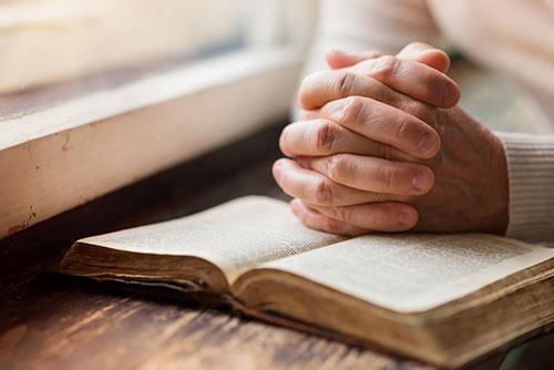 Strategies of a religious spirit